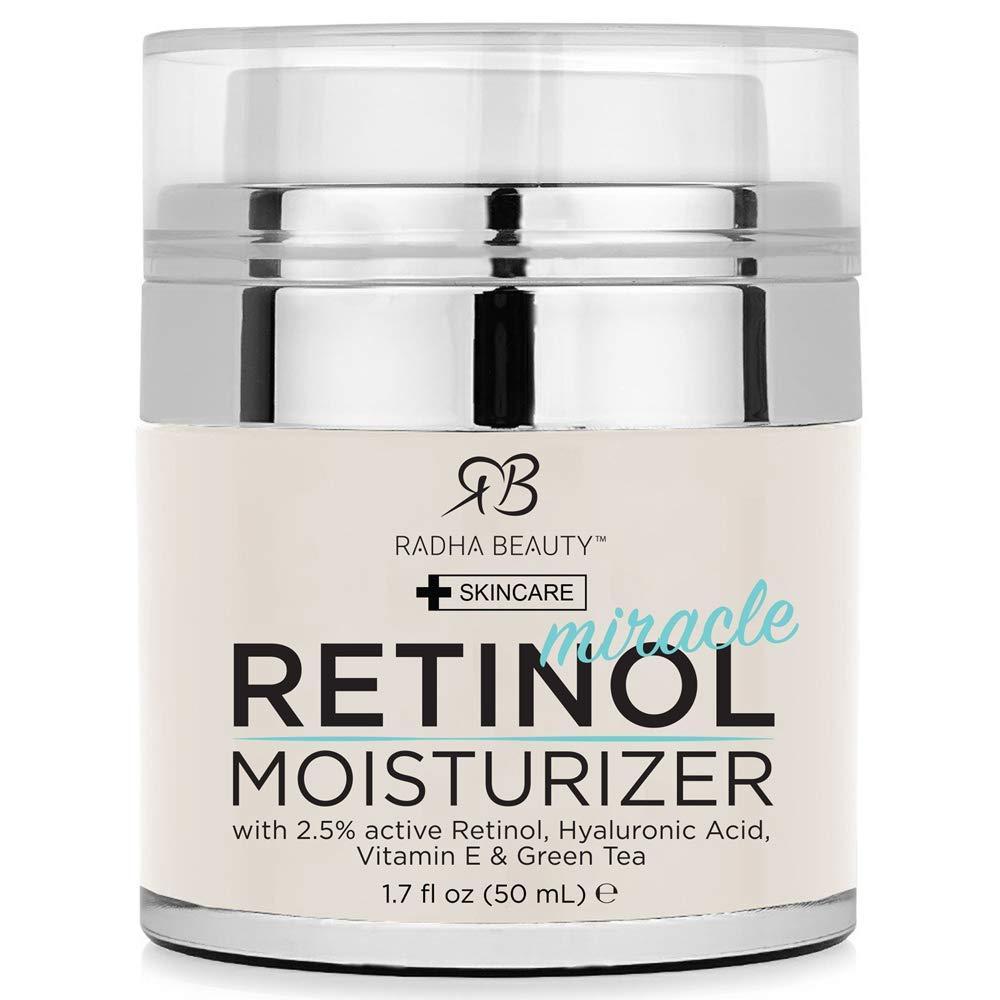Radha Beauty Idratante miracolosa del retinolo per il viso con retinolo, acido ialuronico, vitamina E e tè verde (la migliore crema idratante diurna e notturna) 1,7 once fl.