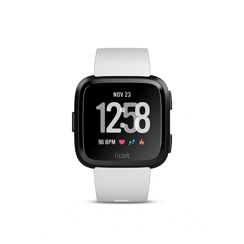 Fitbit Smartwatch per Benessere e Forma Fisica Versa, Rilevazione del Battito Cardiaco, Oltre 4 Giorni di Autonomia della Batteria, Resistente all'Acqua, Unisex Adulto, Nero/Bianco, Taglia Unica